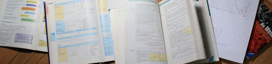 Mehrere Schulbücher